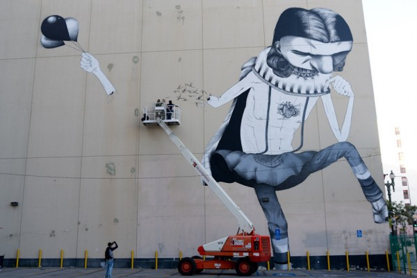 Claudi-Ethos_Los-Angeles_Apr11-1-5_1000
