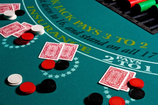 Luck of the draw top three casino games for beginners sbe craps is a classic game of dice with the odds around 5050 against the house it may seem intimidating at first with many boxes and bets available on the solutioingenieria Choice Image