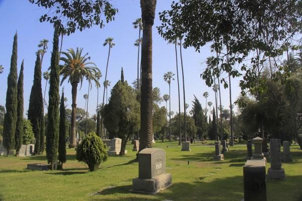 Hollywood_Cemetery