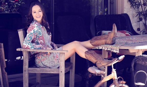 The Goldberg S Hayley Orrantia And The Show S New Roll At